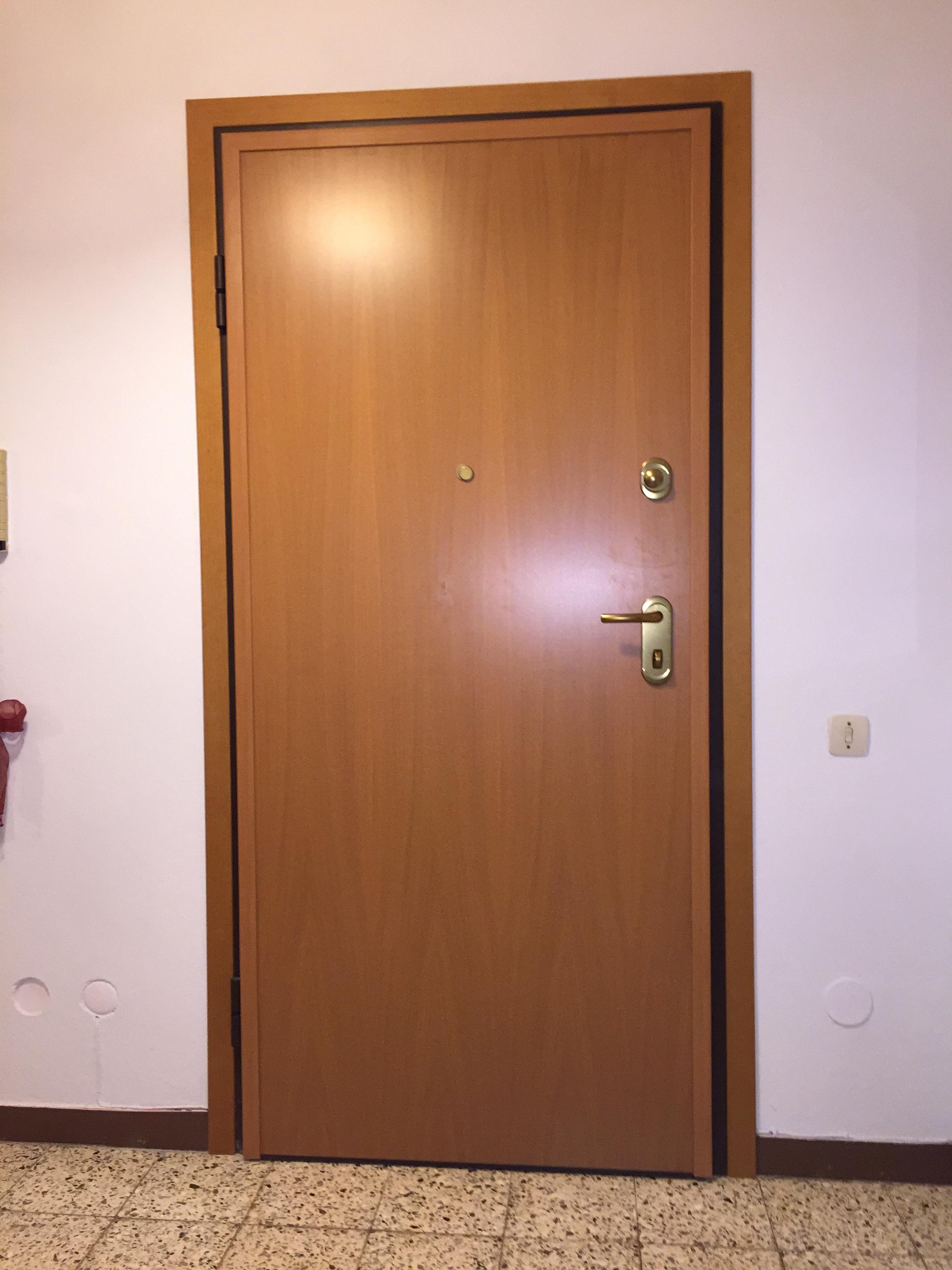 Porta blindata DIERRE Double 1 Plus , doppia lamiera ,  in classe 3 antieffrazione , abitazione a Cremona