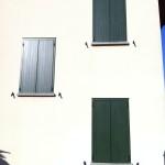 Abitazione in Pieve San Giacomo Antoni in alluminio ed inferriate.