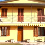Sostituzione serramenti in PVC , zanzariere , inferriate di sicurezza fisse ed apribili , persiane in alluminio a palette orientabili , abitazione a San Savino (CR).