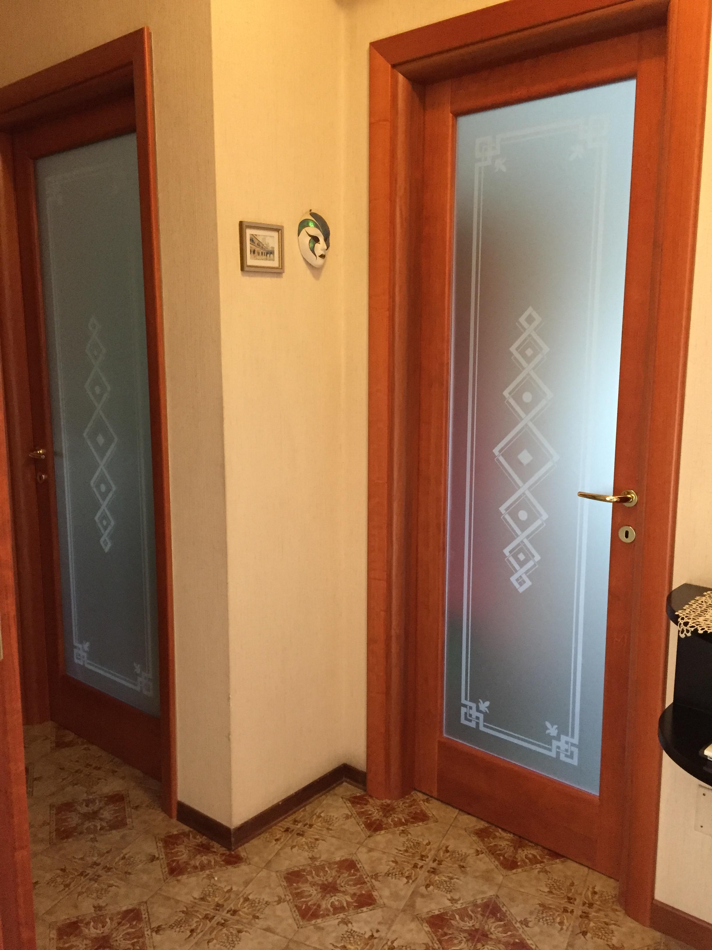 Porte in massello Mod. Novelty , abitazione a Cremona